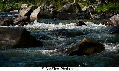 montagne, rivière, 4