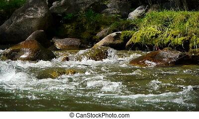 montagne, rivière, 5