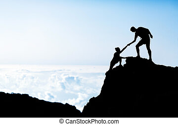 montagnes, femme, silhouette, aide, homme
