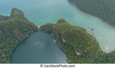 montagnes, prise vue aérienne, lac, entourer
