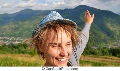 montagnes, quelqu'un, elle, projection, jeune, appeler, téléphone, derrière, femme