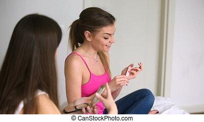 mot, conversation, filles, jeune, bavarder, bouche, deux, commérage, femmes