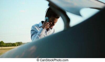 moteur, femme voiture, problèmes