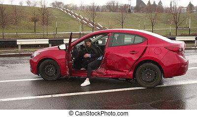 mouillé, voiture, girl, accident, blessé, séance, cassé, road., après