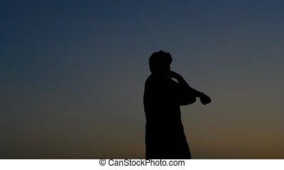 mouvement, silhouette, étirage, homme
