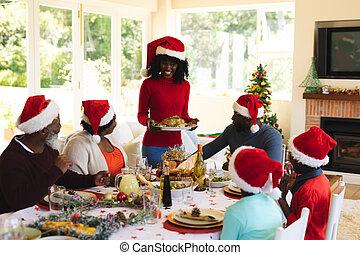 multigeneration, avoir, noël famille, ensemble, dîner
