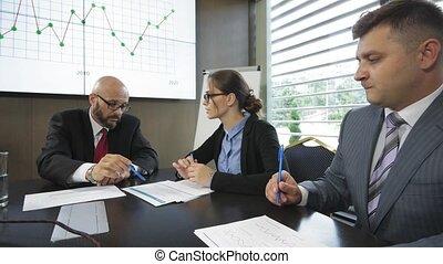 multiracial, shareholders., groupe, jeune, réunion