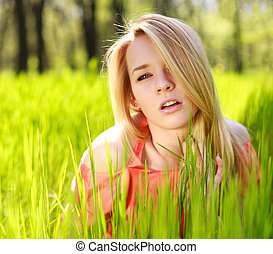 nature, arrière-plan vert, girl, herbe, sensuelles
