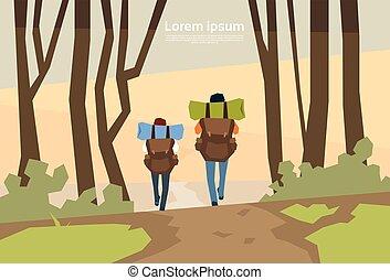 nature, couple, rucksack, fond, voyageur, randonneurs, vue postérieure