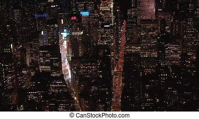 new york, iconique, avenues, au-dessus, condominiums, stupéfiant, vue, état empire, allumé, bâtiments, manhattan, jonctions, résidentiel, bureau, ville, aerial:, nuit, large, midtown, bâtiment, parallèle