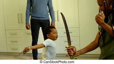noir, maison, côté, confortable, vue, mère, jouet, épée, 4k, jouer, fils, jeune