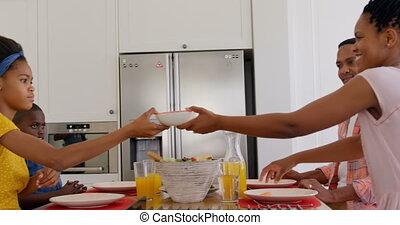 noir, maison, nourriture, côté, confortable, vue, famille dîner, 4k, table, manger, heureux