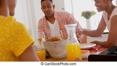 noir, maison, nourriture, confortable, vue, dîner, famille, table, 4k, devant, manger, heureux