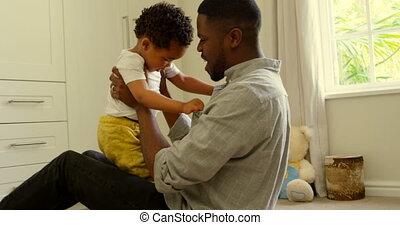noir, maison, plancher, côté, confortable, vue, père, 4k, jouer, fils, jeune