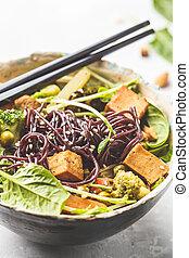 nouilles, légumes, tofu, vegan, arrière-plan., noir, riz blanc