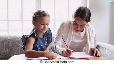 nounou, jeune fille, ensemble, école, crayons, primaire, enseignement, dessin