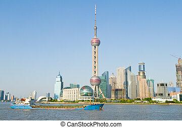 nouveau, china., oriental, tour, fond, vieux, partie, ciel, perle, shanghai, travers, pudong, bleu, tv, shanghai., rivière, huangpu, pudong