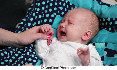 nouveau-né, pleurer