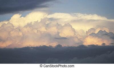 nuages, crépuscule