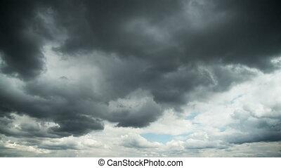 nuages, sur, ciel, maisons, en mouvement, orage, temps, city., défaillance