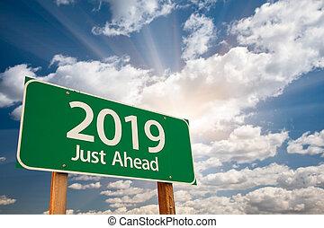 nuages, sur, signe, vert, 2019, route