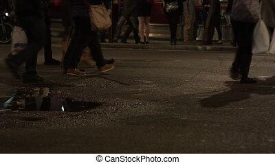 nuit, gens, rue croisement