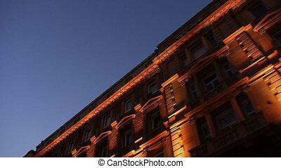 nuit, long, vieux, bâtiments, conduite