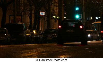 nuit, rue ville, voitures