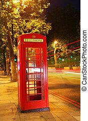 nuit, téléphone, long, lumières, trafic, cabine, fond, anglaise, exposition