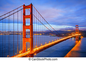nuit, vue, portail, célèbre, doré, pont