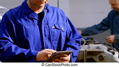 numérique, utilisation, réparation, mécanicien, tablette, 4k, garage