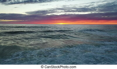 océan coucher soleil, vagues