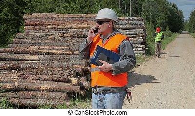 officiers, forêt, documents