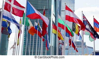 onduler, différent, drapeaux, vent, pays