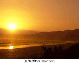 orange, plage, coucher soleil