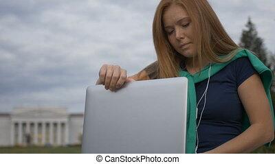 ordinateur portable, étudiant, dactylographie