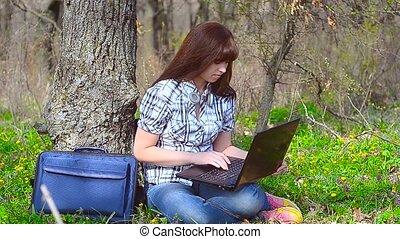 ordinateur portable, assied, girl, rire