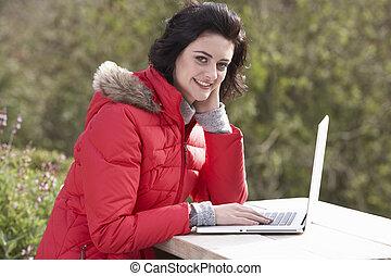 ordinateur portable, femme, informatique, jeune