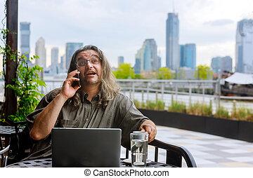 ordinateur portable, manhattan, magasin, homme, appeler, téléphone, informatique, panorama, fonctionnement, café, en ville