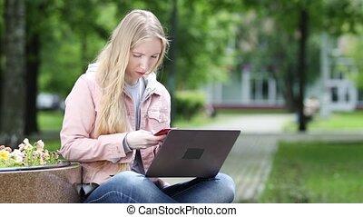 ordinateur portable, parc, travail, femme, informatique