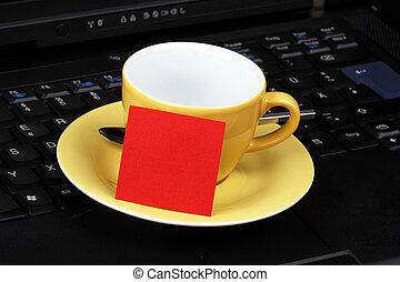 ordinateur portable, tasse, poteau-il