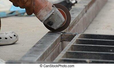 ouvrier métal