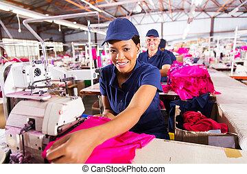 ouvrier textile, usine, africaine