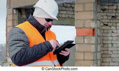 ouvriers, construction, pc tablette