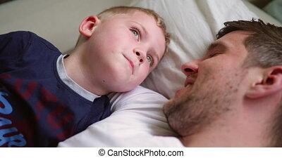père, délassant, ensemble, fils