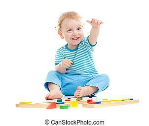 pédagogique, isolé, gai, jouets, blanc, gosse, jouer, heureux