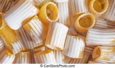 paccheri, pâtes, crème