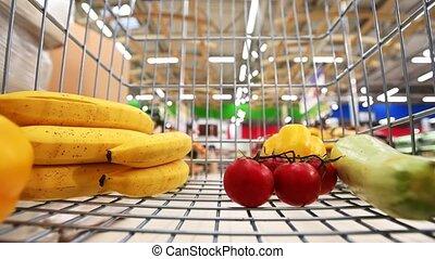 panier provisions, légumes, fruits, supermarché