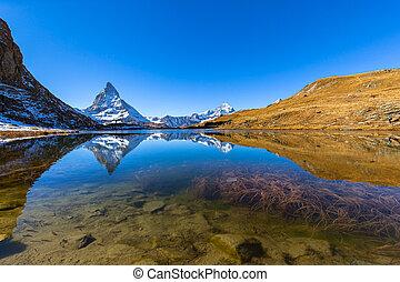 panorama, alpes, célèbre, suisse, beau, vue, matterhorn, lac reflet, pennine, riffelsee