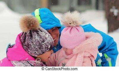 papa, jeu, maman, survêtements, peu, hiver, fille